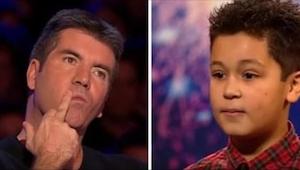 Chłopiec miał łzy w oczach, gdy Simon przerwał mu występ. Kazał mu wybrać inną p