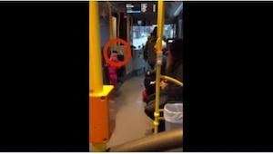 To, co dziewczynka zrobiła w autobusie, jest przekomiczne, ale to jeszcze nic! Z