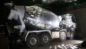To najbardziej niezwykła betoniarka, jaką kiedykolwiek widzieliście!