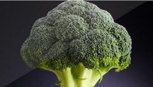 Nigdy nie wpadłam na to, żeby połączyć brokuł z TYM warzywem. Te dania są wyjątk