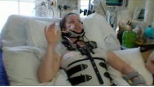 Po wypadku na motorze zapadła w śpiączkę. Po wybudzeniu się kazała lekarzowi  ni