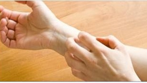 6 nietypowych objawów świadczących o problemach z jelitami.