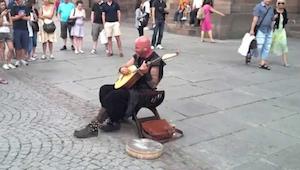 Gdy zaczął śpiewać, nikt nie mógł uwierzyć w to, że te dźwięki wydobywają się z
