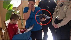 Jej synek potrzebował nowej nerki. Wtedy do ich drzwi zapukała policja...