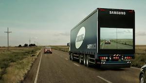 Chciał wyprzedzić ciężarówkę, ale to co zobaczył na jej tyle sprawiło, że natych