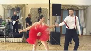 W kilka godzin ich pierwszy taniec zobaczyło ponad 1,5 miliona osób! Przekonajci