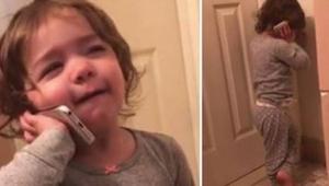 Mama miała dość telemarketera i oddała telefon swojej córeczce - musicie to zoba