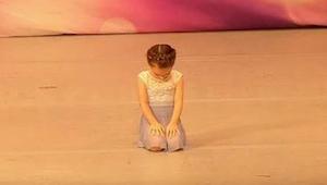 Sędziowie oniemieli z wrażenia, kiedy zobaczyli jak ta 4-latka tańczy