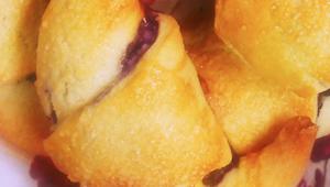 To kruche ciasto Cię zachwyci - dodaj słodkie owoce, a efekt końcowy zwala z nóg
