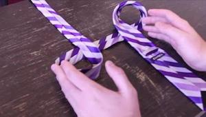 Pokazałam ten prosty trik swojemu mężowi i od tej pory sam wiąże krawat w 10 sek