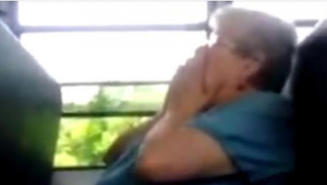 68-letnia kobieta padła ofiarą znęcania się. Na szczęście karma zawsze wraca!