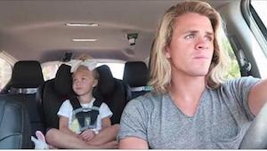 Zastanawiała się, co jej mąż robi z ich adoptowaną córeczką w samochodzie. Czego