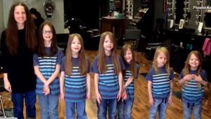 6 braci było prześladowanych w szkole przez swoje długie włosy. Zobaczcie, jak w