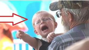 Wystarczy jedno pytanie, by dziecko momentalnie się uspokoiło. Spróbuj! To dział