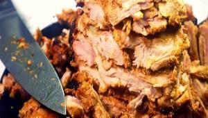 TEN sposób na domowego gyrosa z kurczaka sprawił, że moja rodzina od teraz je ke