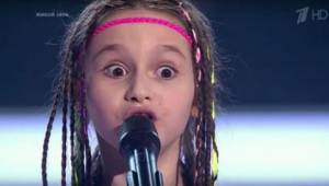 Gdy na scenie rosyjskiego talent show pojawiła się ta dziewczynka w asyście dwóc