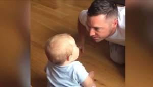 Chciał rozbawić swoje dziecko, ale ostatecznie to on padł ze śmiechu słysząc syn