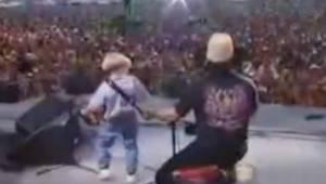 4-latek pojawił się na scenie ze swoim własnym akordeonem i skradł gwiazdom całą