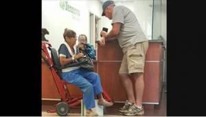 Samotna emerytka została praktycznie wyrzucona ze szpitala, ale wtedy zareagował