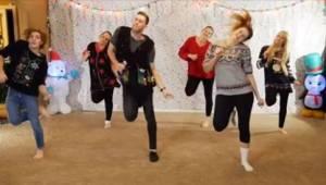 Ośmioro rodzeństwa stworzyło świąteczny klip w prezencie dla rodziców! To już je
