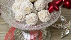 Gdy zrobisz te kokosowe kuleczki z migdałami, już nie wrócisz do kupowanych łako