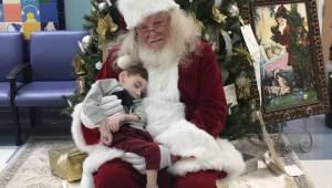 Święty Mikołaj zjawił się w szpitalu by spełnić ostatnie życzenie umierającego c