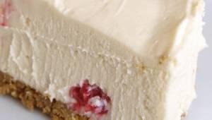 Jeśli jesteś na diecie, ten sernik jest dla Ciebie! Bez mąki, cukru, jaj czy mas