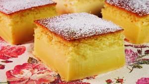 Czas na nowość w Twojej kuchni - magiczne ciasto, które z jednej masy, samo dzie