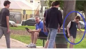 Gdy mężczyzna zobaczył, jak do chłopca podchodzi 3 nastolatków, wiedział, że por
