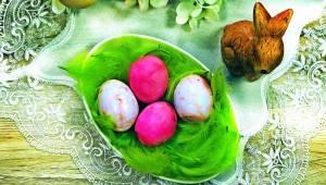 Jeśli nie znasz jeszcze sposobu przygotowania jajek marmurkowych na wielkanocny