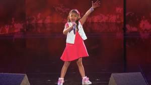 Głos tej dziewczynki jest tak potężny, że jej występ obejrzało już ponad 100 mil