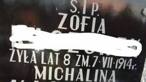 Udostępniła zdjęcie nagrobka swojej rodziny. To zdjęcie mówi o szczepieniach wię