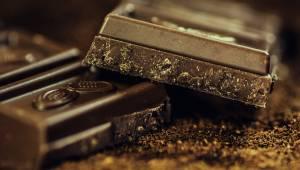 Naukowcy twierdzą, że codzienne jedzenie czekolady jest dobre dla mózgu!