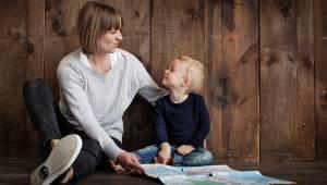 Badacze doszli do wniosku, że dzieci gadatliwych rodziców są bardziej inteligent