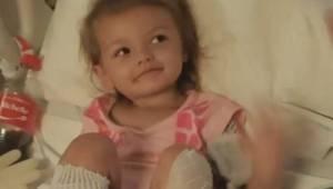 Kobieta za karę wsadziła stopy 2-letniej dziewczynki do wrzątku. Teraz lekarze w