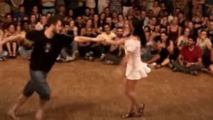 Para zaczęła tańczyć tak wspaniale że cała widownia była zachwycona